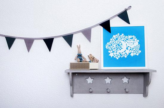 Frame - Stars on shelf